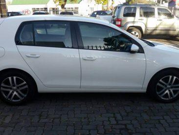 2011 Volkswagen Golf VI 1.6 TDI Comfortline