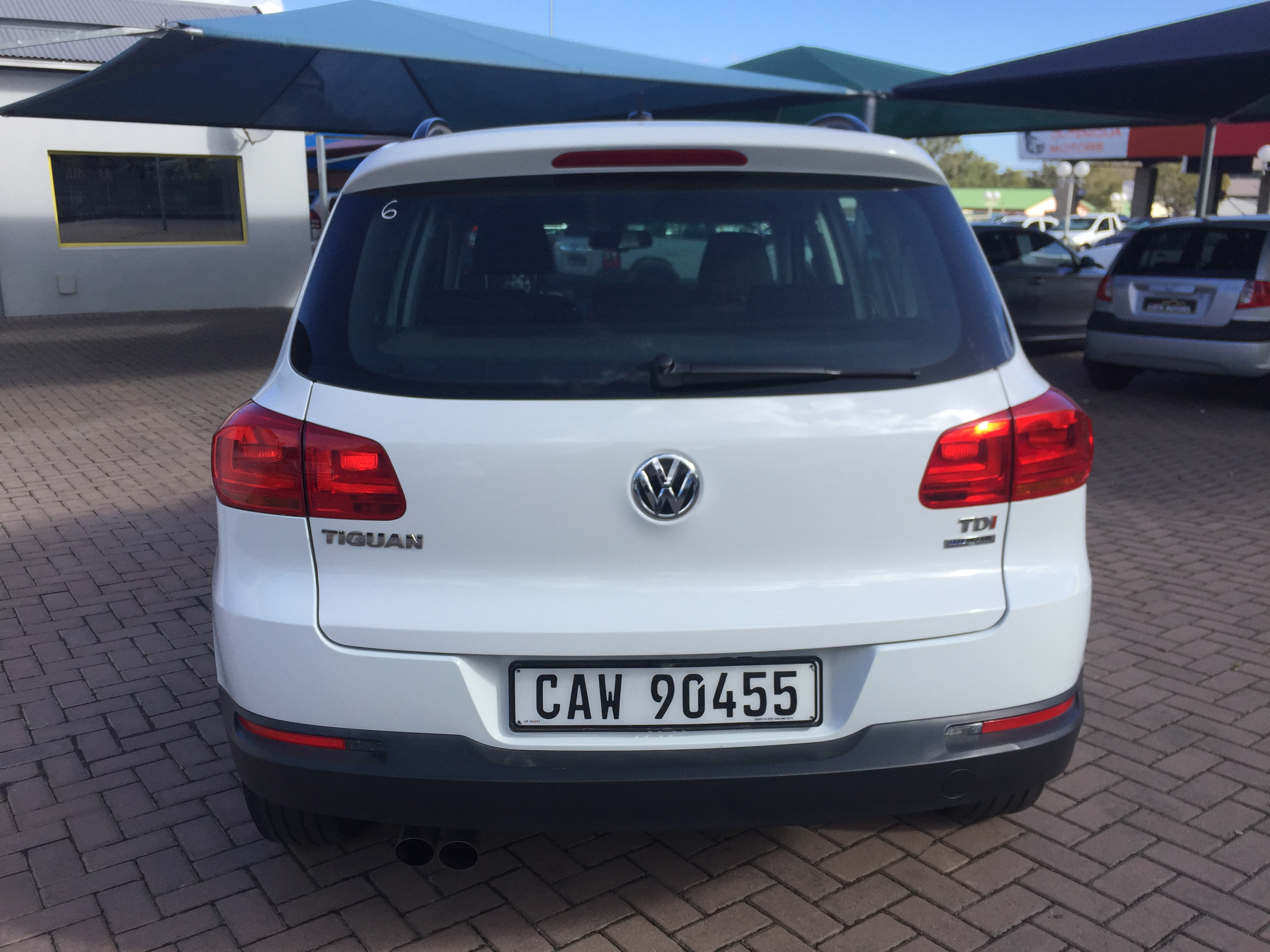 2014 volkswagen tiguan 2 0 tdi bluemotion eden motors george. Black Bedroom Furniture Sets. Home Design Ideas